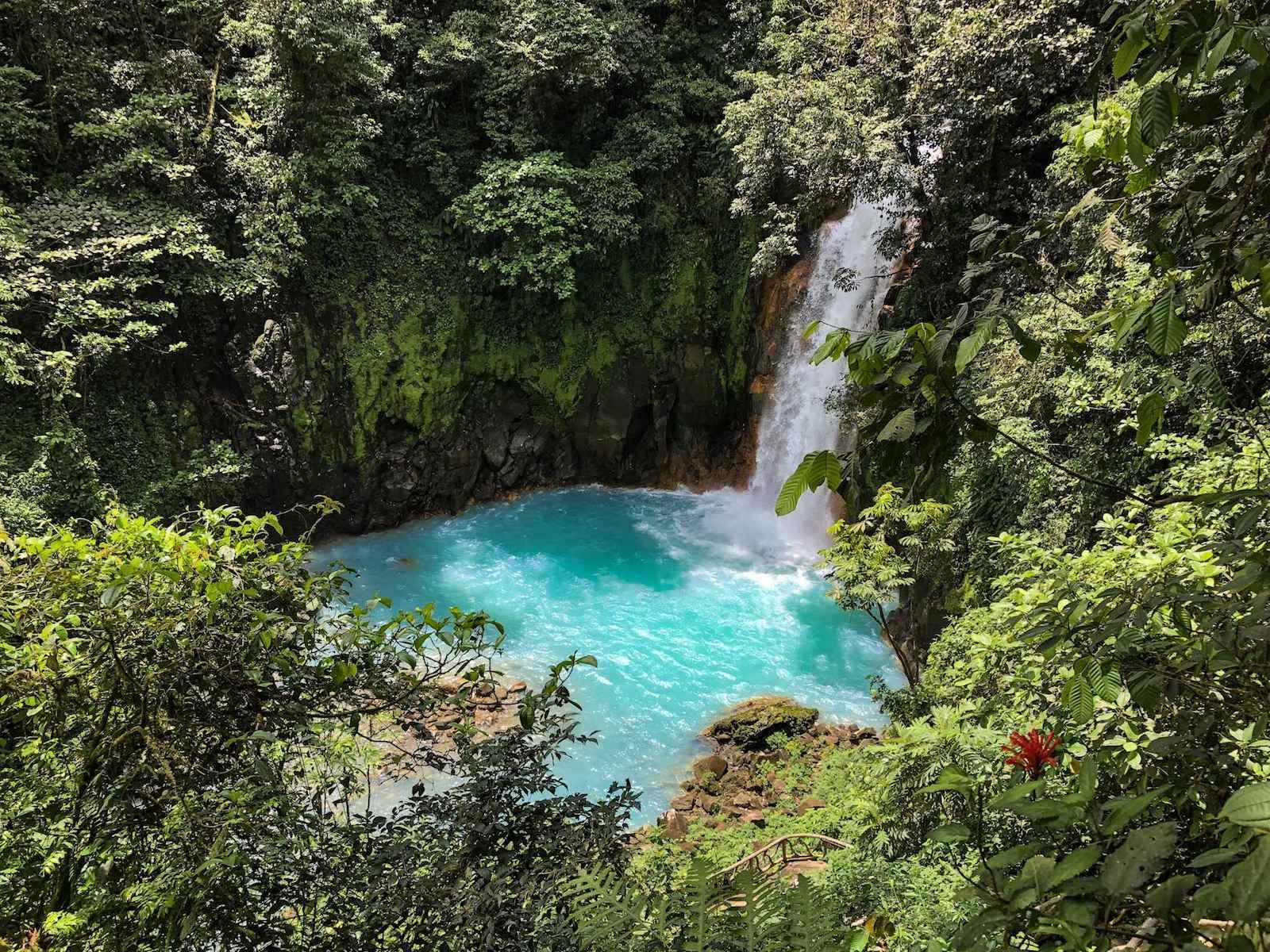 Rio Celeste - Turquoise waterval