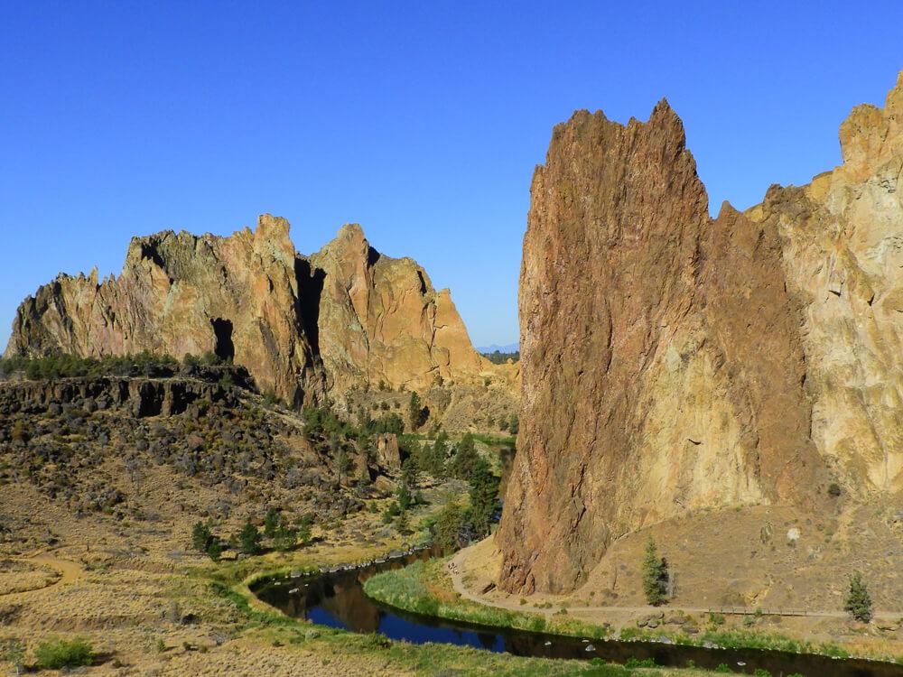 Smith Rock State Park - Steile rotsformaties en mooie wandelingen