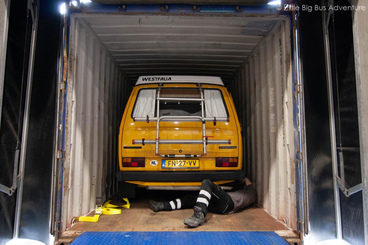 Camper per container verschepen naar Zuid-Amerika
